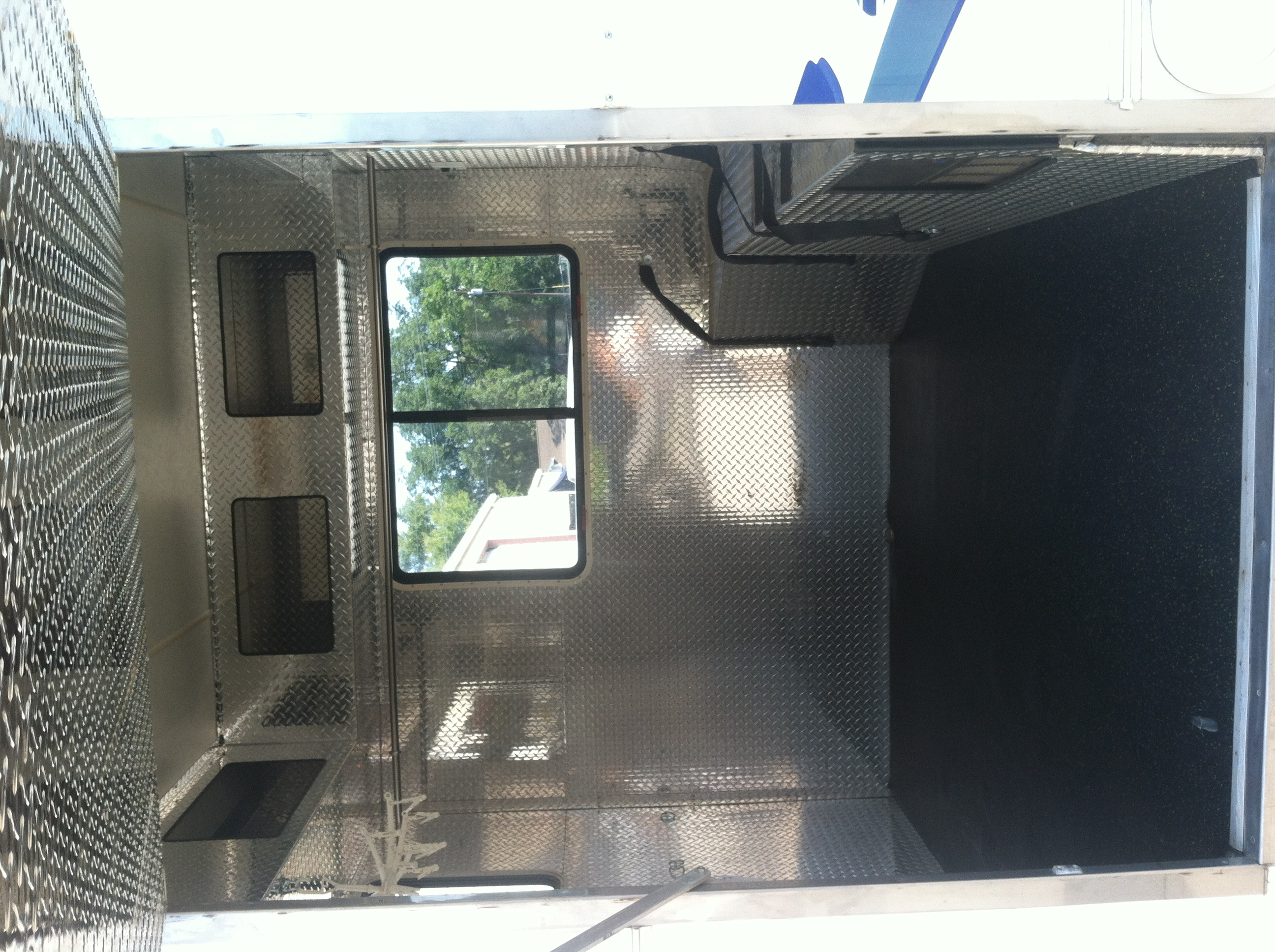 Class c rv w garage for sale bazaar motocross forums for Rv with car garage for sale