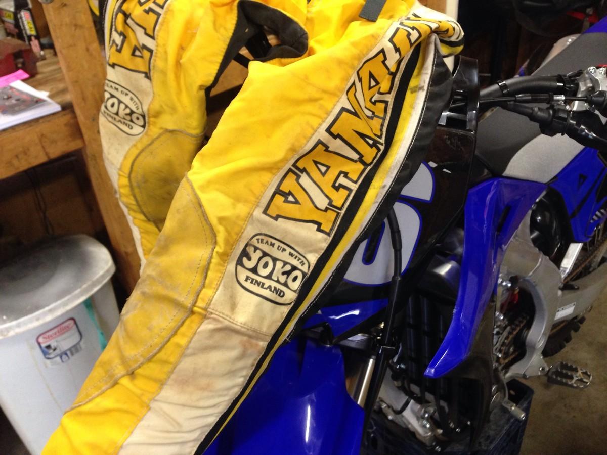 Yoko motorcycle gloves - You Wore Yoko
