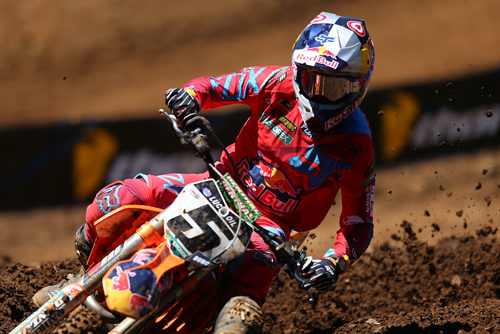 Ryan Dungey (Red Bull KTM) always does well at Washougal, but he was really on it this year, taking a 1-1 day, and letting everyone know that he hasn't conceded the 450 title to Ken Roczen.