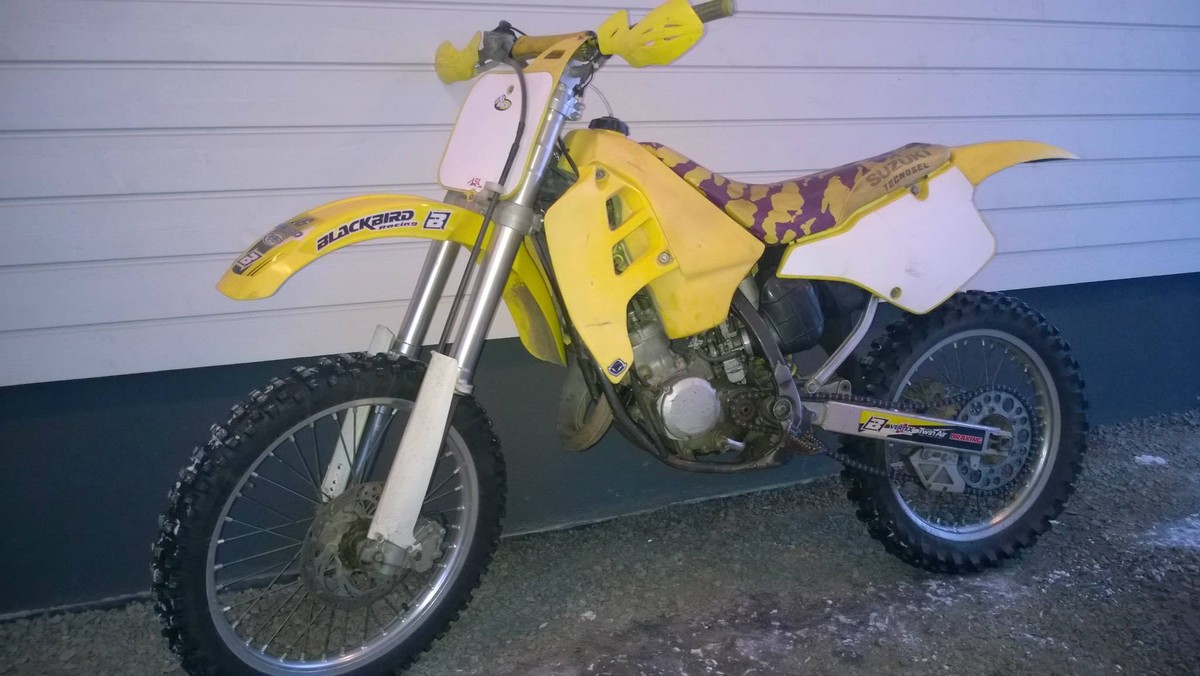 suzuki rm 125 1992 39 usa 39 restoration old school moto motocross forums message boards. Black Bedroom Furniture Sets. Home Design Ideas