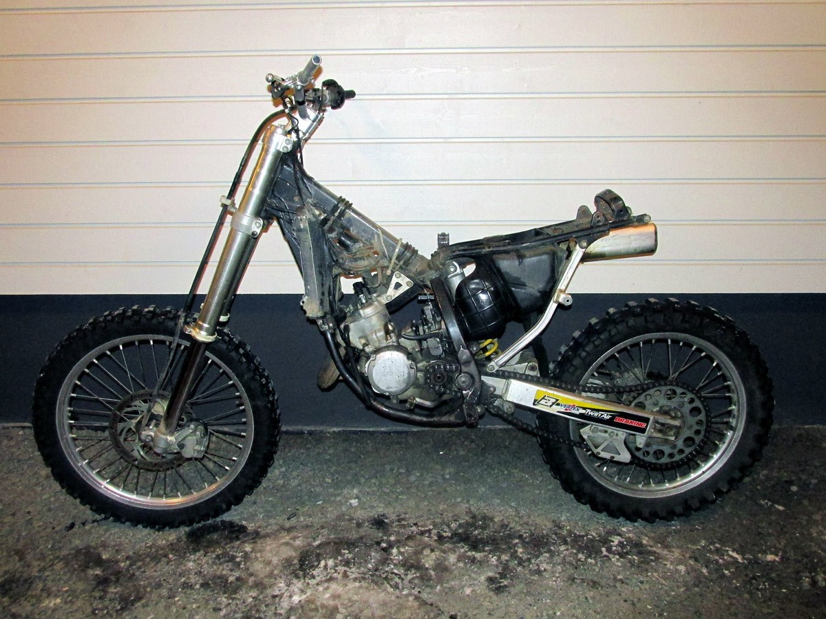 Here s my Suzuki RM-125  O 125 Restoration Project