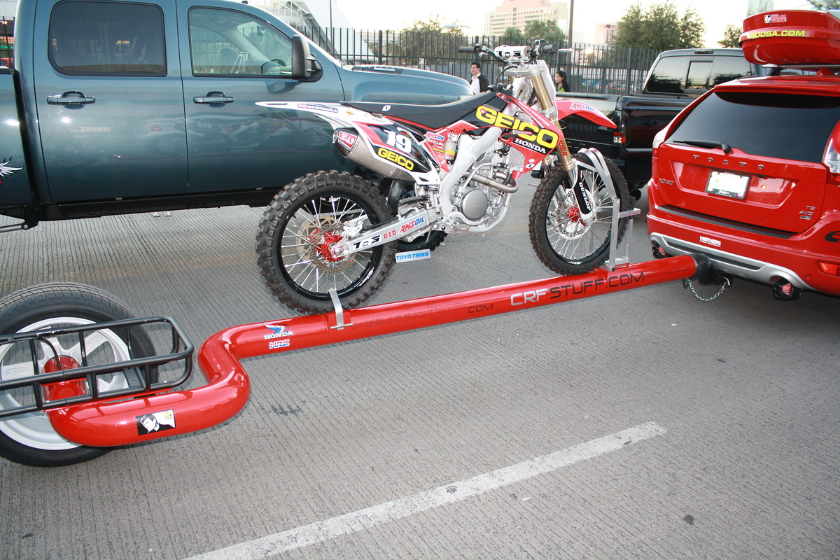 Correct Way To Make A Bed Do Motorcycle Hitch Carriers Work Moto Related
