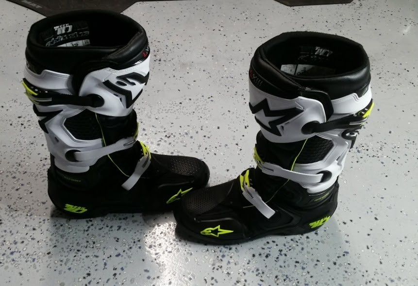 Alpinestars Tech 10 Black Green White Size 12 For Sale