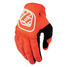 C138_se_glove_blackorange_1