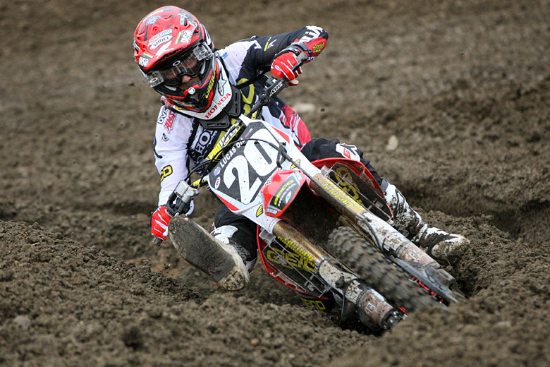 Justin Barcia (GEICO Honda) took advantage of great starts and a last-lap tangle with Ken Roczen in moto two to grab the overall win away from Blake Baggett in the 250 class.