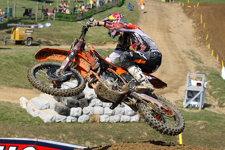 Marvin Musquin nabbed the top spot in 250 qualifying.