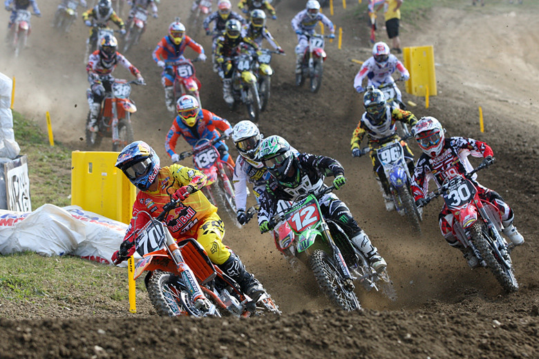 Ken Roczen (Red Bull/KTM) grabbed the moto two holeshot in the 250s.