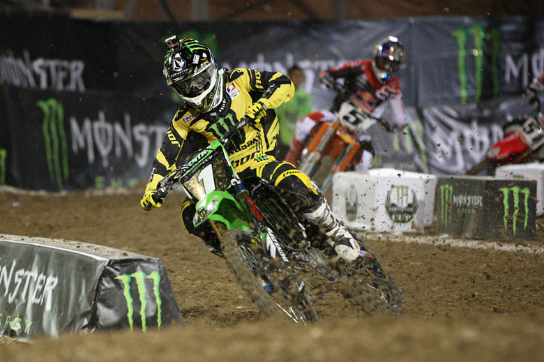Last year's champ, Ryan Villopoto, came from behind to take the first main event win, but crashed hard in the second one, and sat out the third.