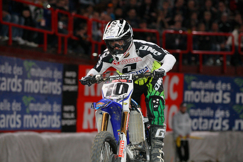 Justin Brayton (Toyota/JGRMX/Yamaha) started off his night with a heat race win.