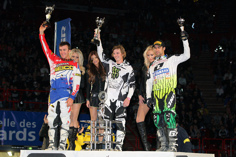 You'd be forgiven if you think this looks familiar, with the podium featuring the same trio as Friday night, and in the same order. Jake Weimer is now 2-2 in the finals win department. Eli Tomac and Justin Brayton rounded out the top three.