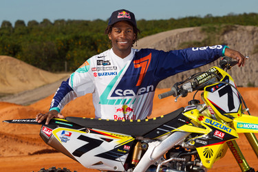 Yoshimura Suzuki Factory Racing Counting Down To Supercross Season-Opener