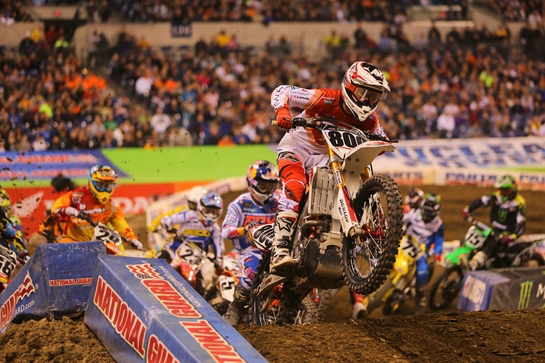 Mike Alessi (Smartop MotoConcepts Racing) grabbed the holeshot again, and led for four laps before Ryan Dungey was able to work his way by.