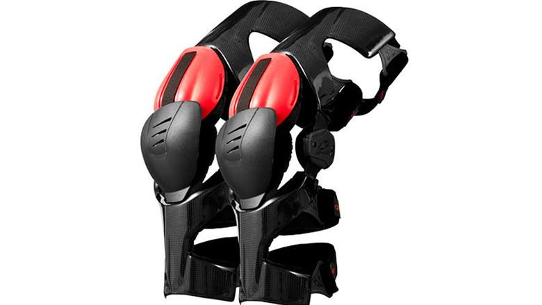 EVS Web Pro Knee Braces