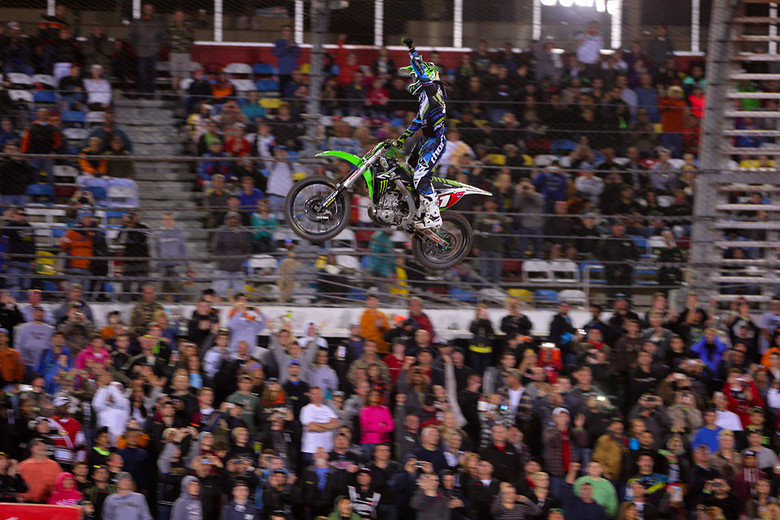 Ryan Villopoto (Monster Energy Kawasaki) crushed this one, leading all 20 laps in the main, and capturing his fourth Daytona Supercross.