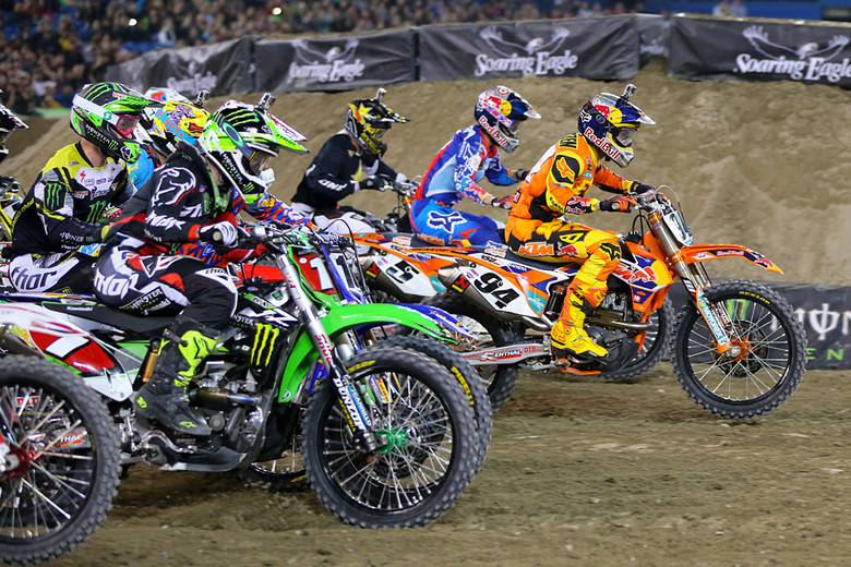 The holeshot in the 450s? That went to Ken Roczen.