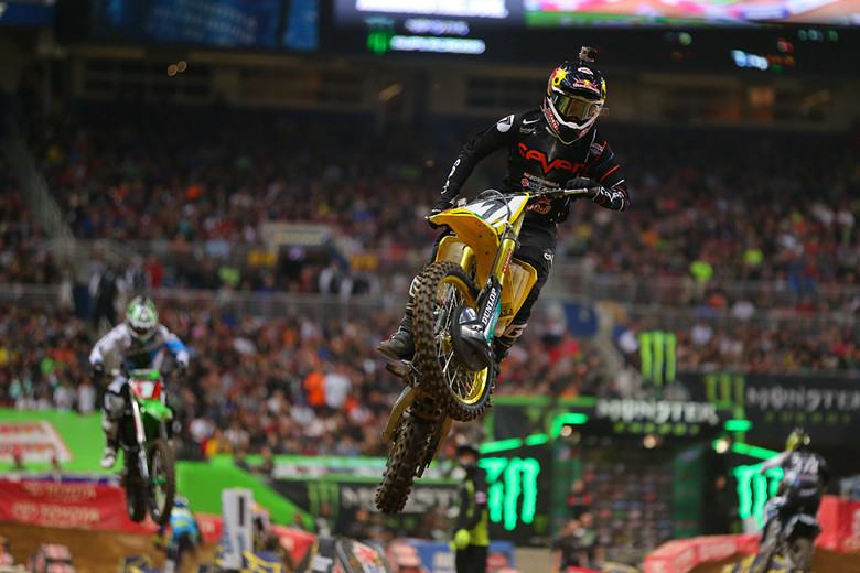 Your big winner from St. Louis? That'd be Yoshimura Suzuki Factory Racing's James Stewart, who took over the lead from Ryan Villopoto (Monster Energy Kawasaki) halfway through the 450 main to win his second straight, and fifth of the season.