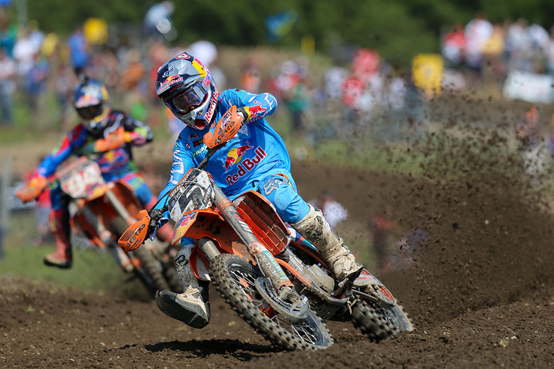 Ryan Dungey grabbed the overall win, but just as important, he further closed the points gapon his Red Bull KTM teammate, Ken Roczen. It now stands at seven points.
