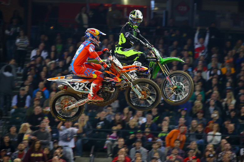 The night got started in Phoenix with a good battle between Tyler Bowers and Justin Hill in the first 250 Heat. Bowers had the holeshot and led early but Hill got by him before the finish.