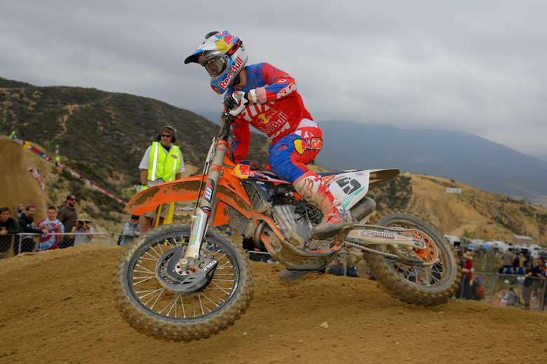 Ryan Dungey ended up third overall at Glen Helen after bike problems in the first moto dropped him from second to sixth, and he was second in moto two.
