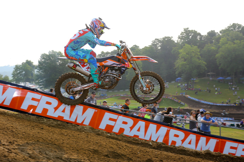 250 points leader, Marvin Musquin, will have to find some time on the track, as he was over a second off of Jeremy Martin's pace. The track's shaping up nicely here.
