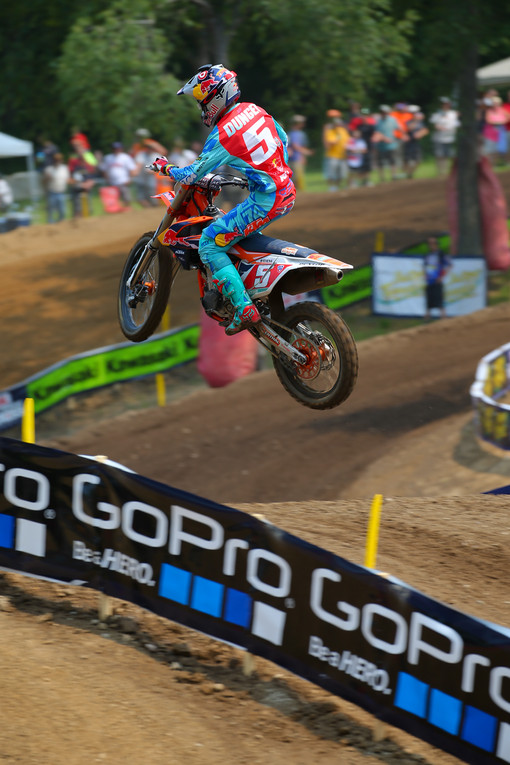 Ryan Dungey had a solid day, and added to his series points lead in the 450 class.