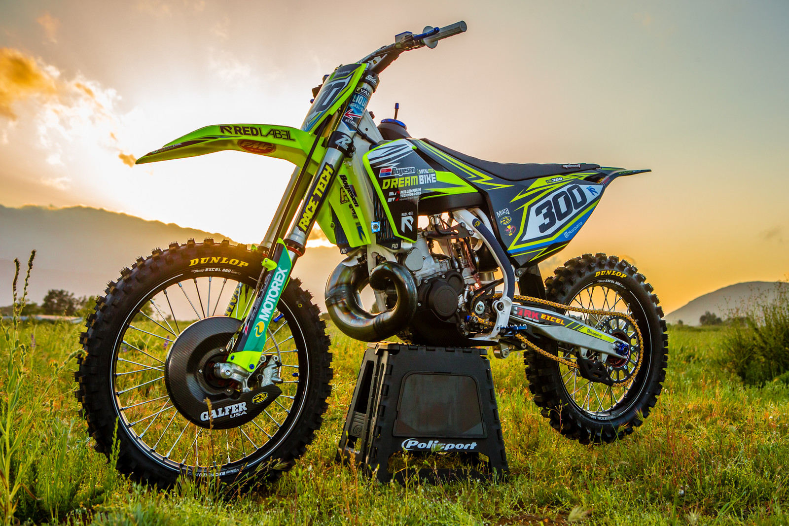 100 Images Of Motocross Bikes How Motocross Riders