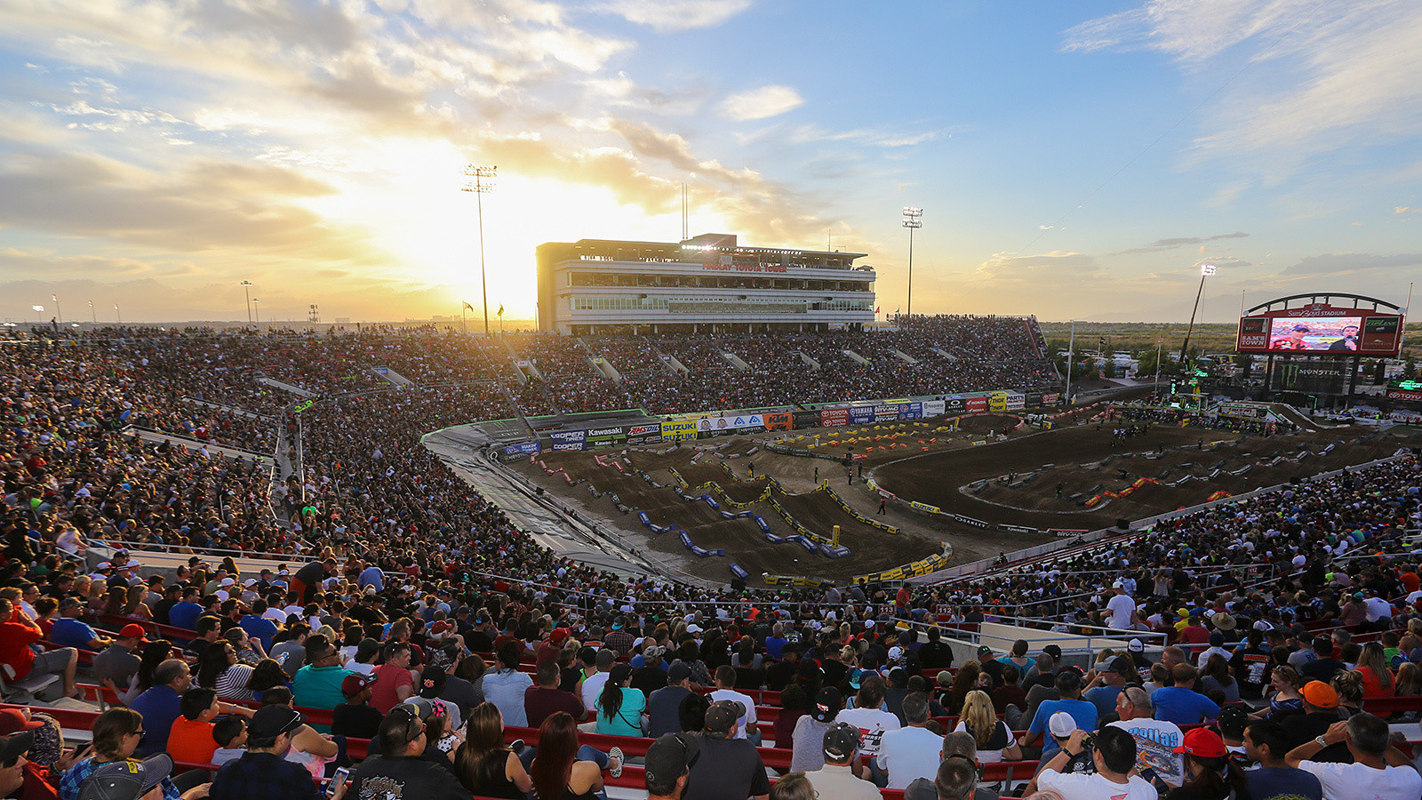 As the sun started to set on another Supercross season, the crowd was buzzing with excitement. Two hotly contested titles would be decided before the night was over.