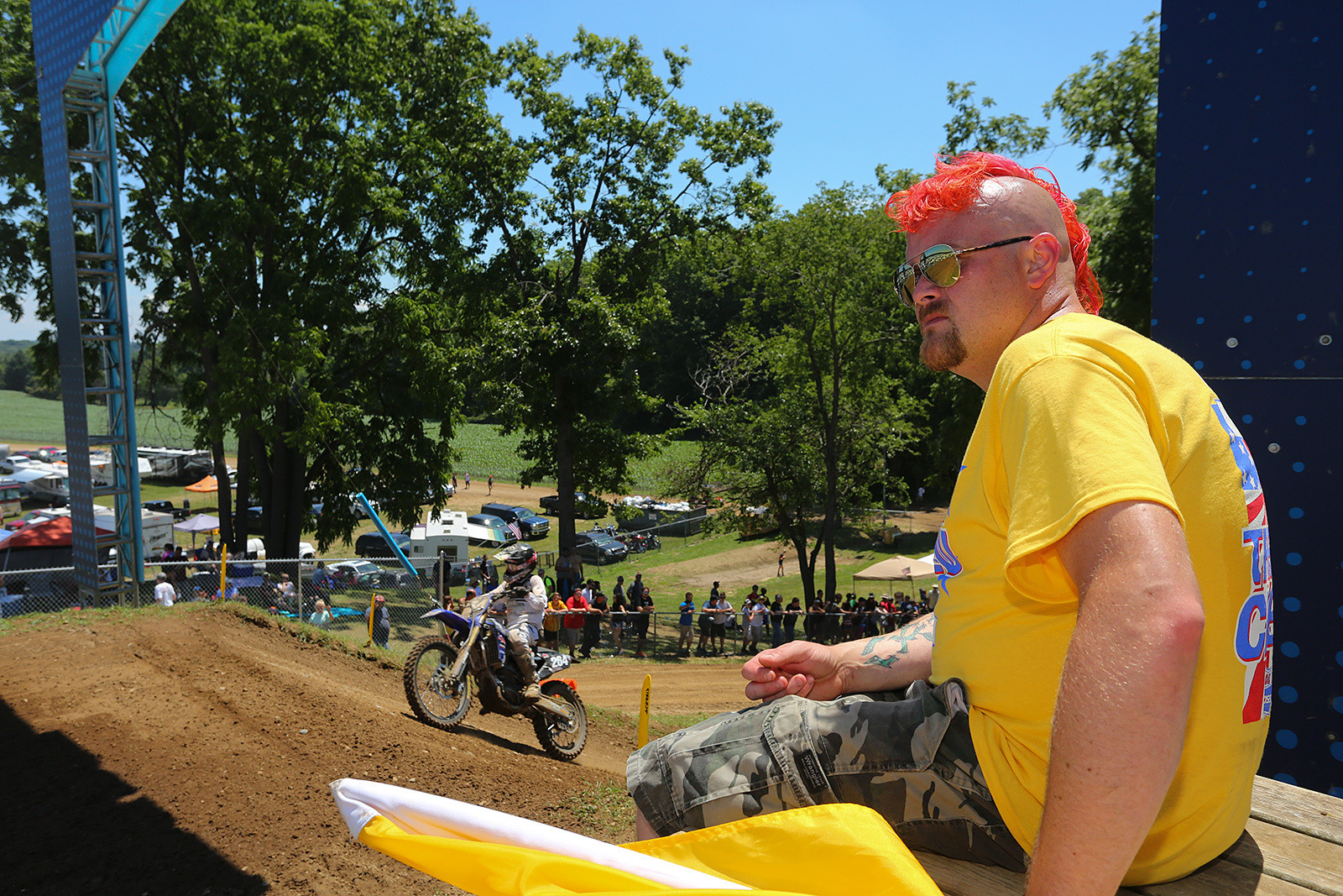 We dig the RedBud 'do.