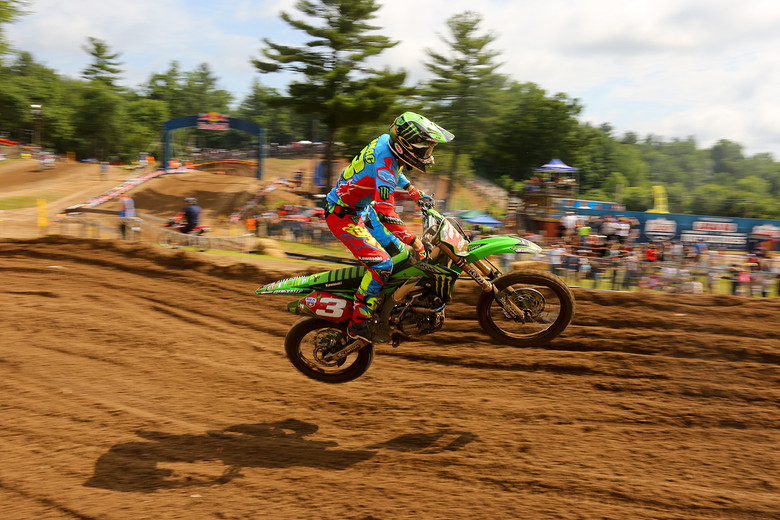 Eli Tomac has the red plate back, and he had the fastest qualifying time in the 450 class.