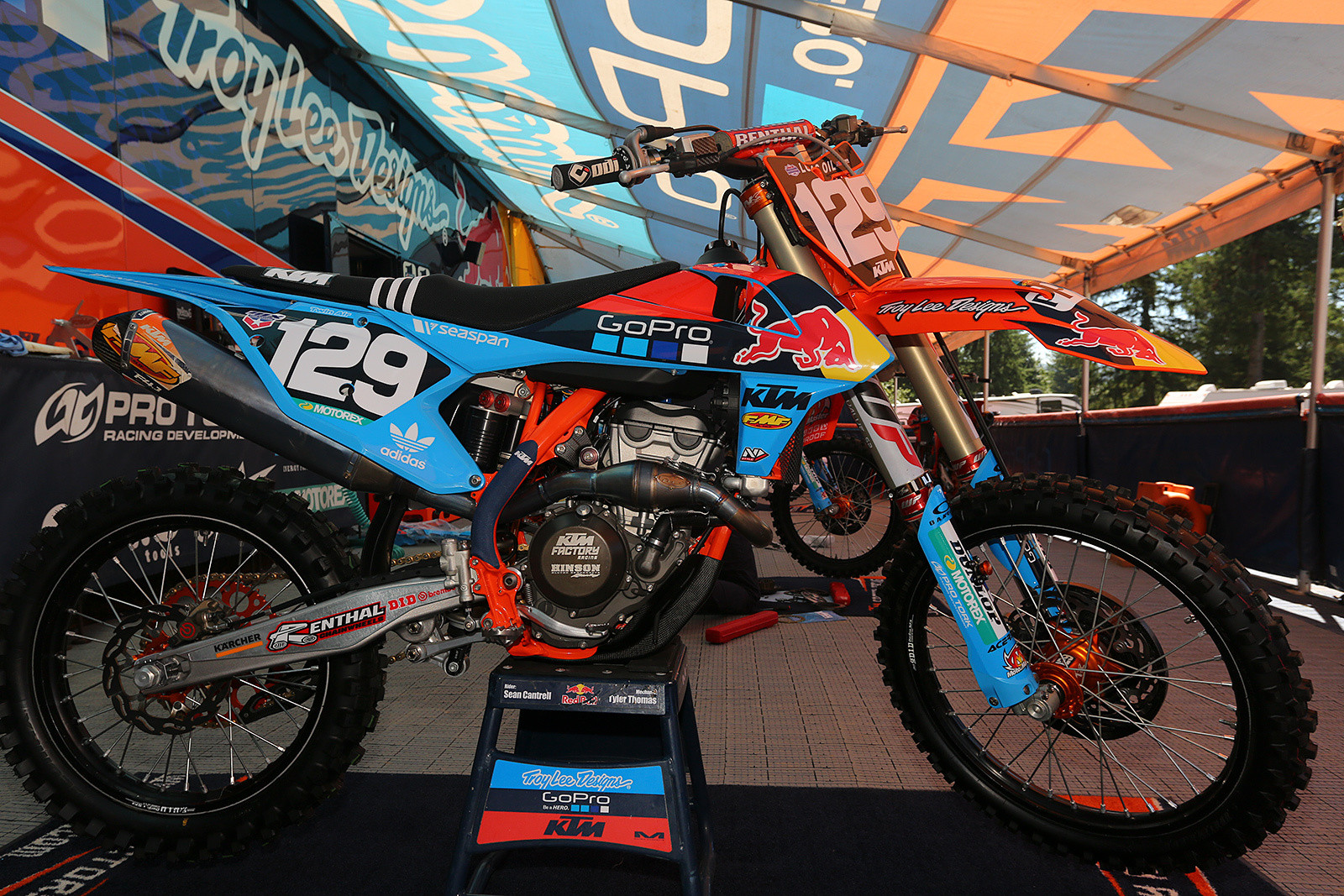 Unlike previous customs that the Troy Lee Designs/Red Bull/KTM crew has brought to Washougal, this time the plastic parts weren't merely painted. Acerbis dialed in the crew with blue plastic, and it's available as a limited edition full plastic kit.