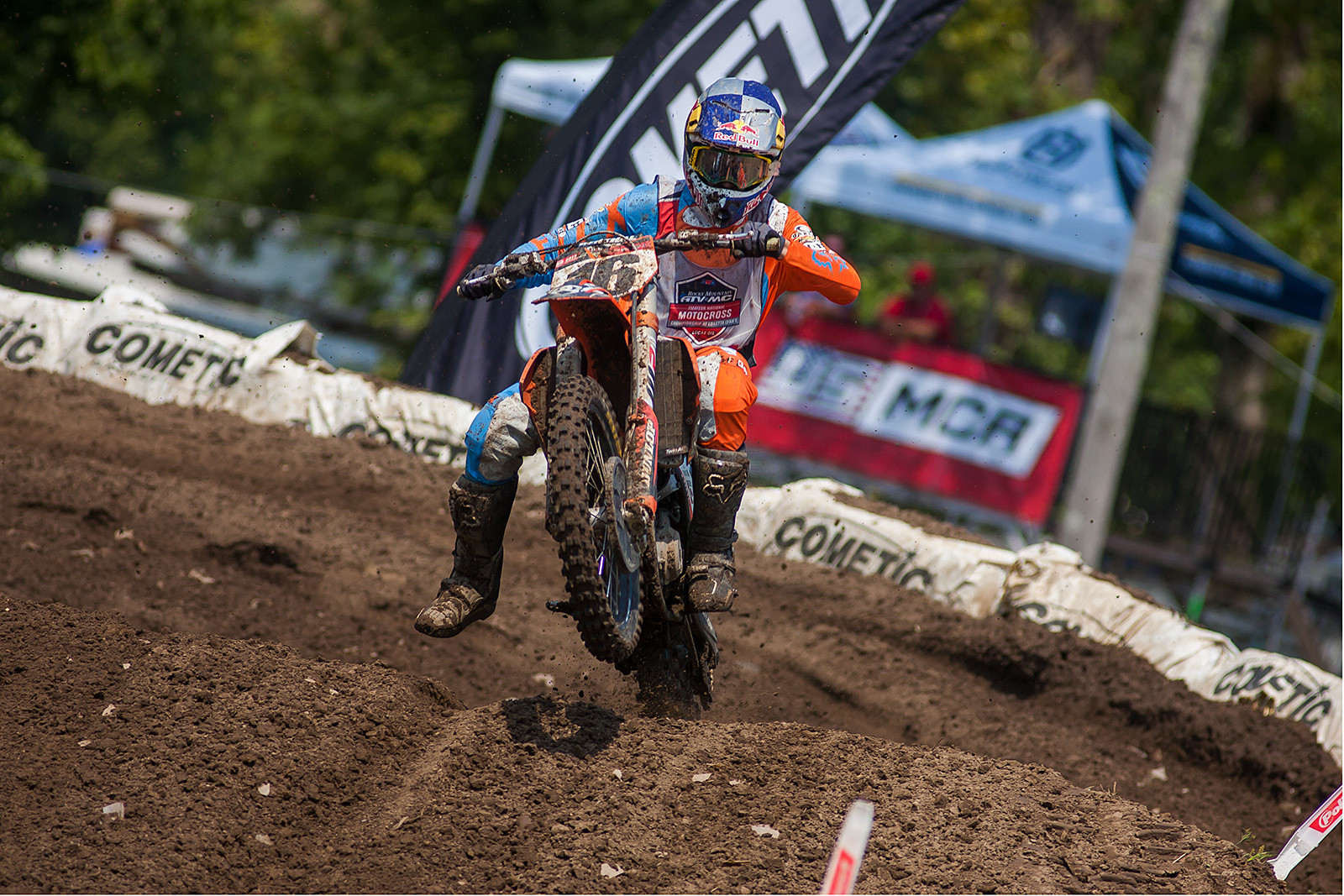 Enzo Lopes gave Justin Cooper quite the race in the 250 A class.