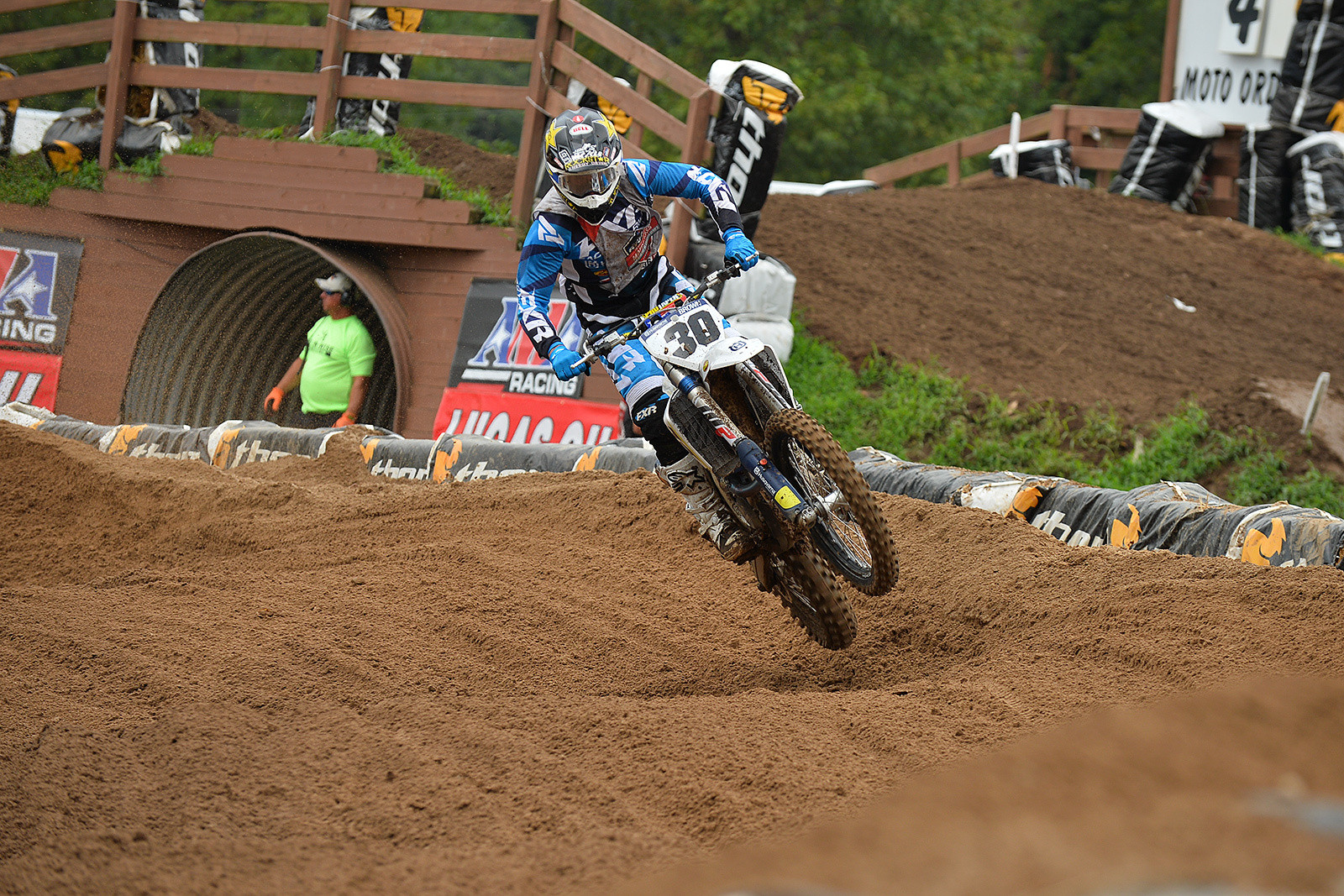 Mike Brown continues to have perfect motos at Loretta Lynn's.