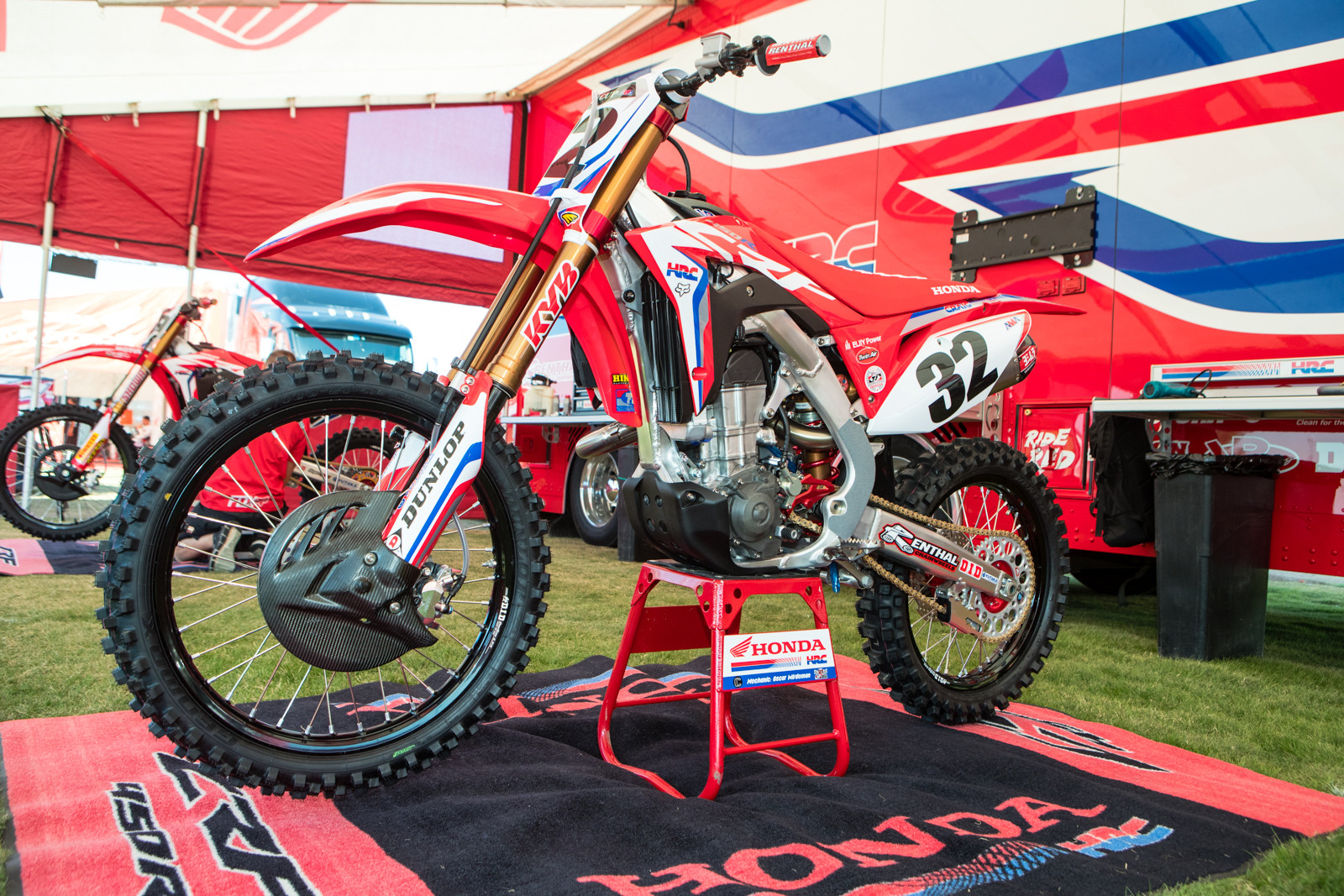 With Cole Seely out for MEC due to hand surgery, Christian Craig was again called up for duty...albeit with his new number for 2018 as the #32. Come outdoors of '18, we wouldn't be surprised to see Craig on a 450 again.