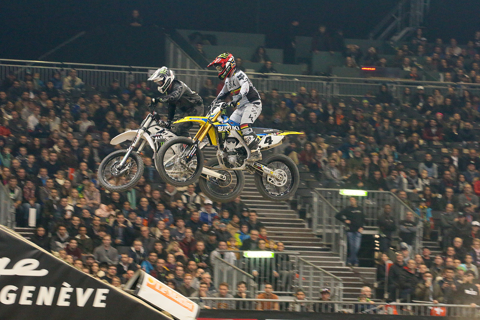 These two put on a good show, no one got punted into the stands, and Ricky Carmichael took the trophy.
