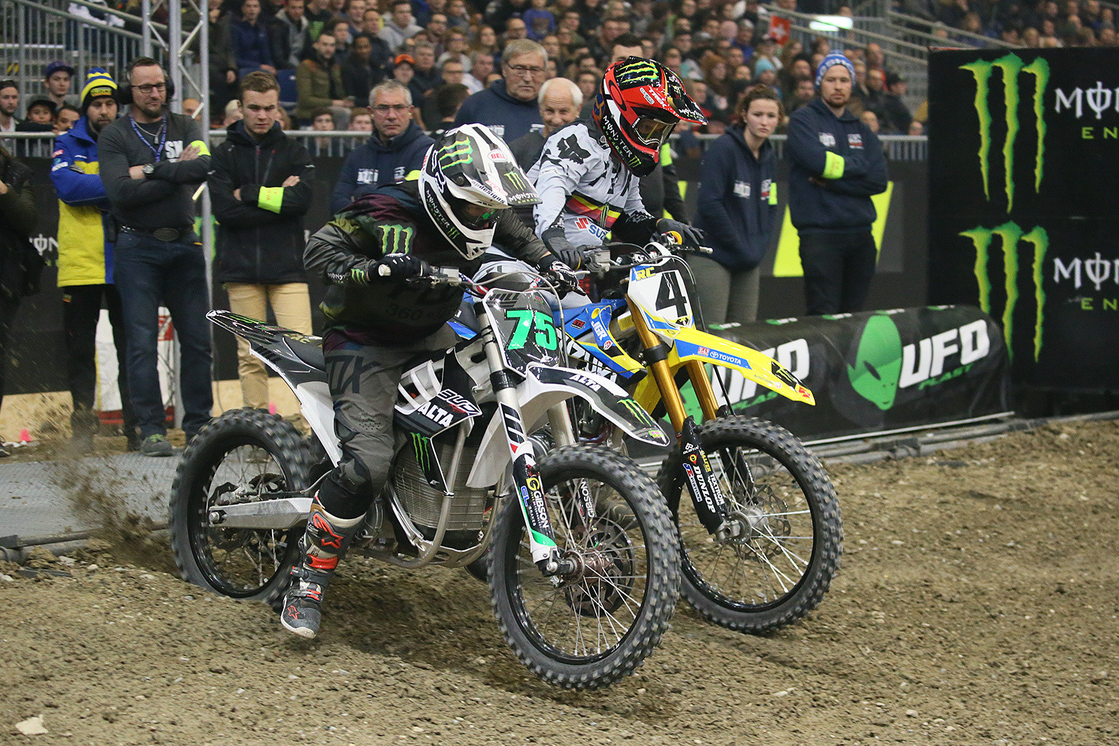 Josh Hill and Ricky Carmichael were the final two in a set of special match races. The Alta is quick off the line.