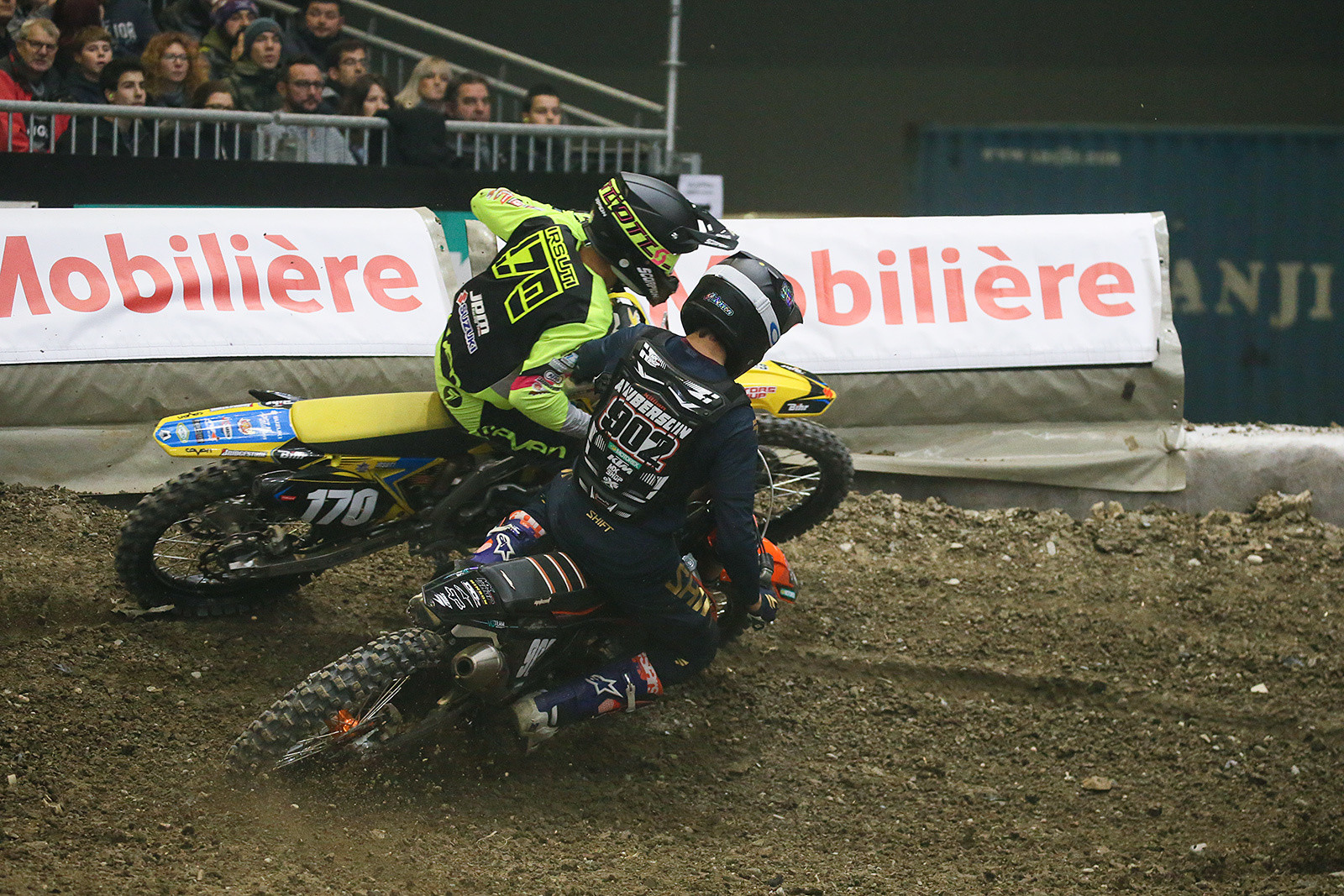 Yannis Irsuti and Killian Auberson were battling early on. Irsuti later crashed, and Auberson grabbed third.
