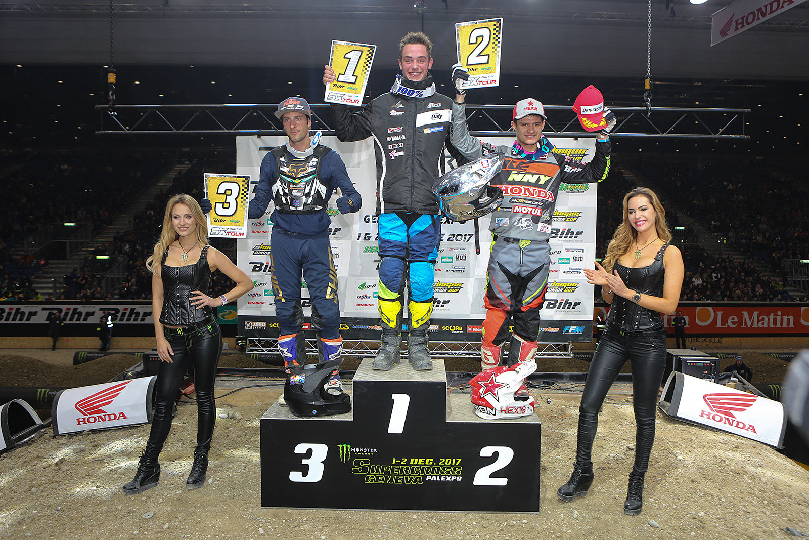 Here's your 250 podium, with Dercourt, Do, and Auberson.