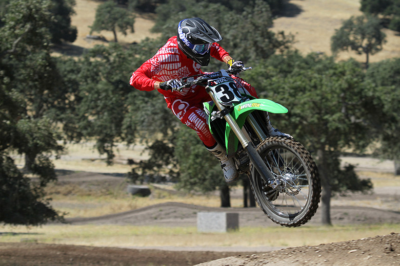 2013 Kawasaki KX450F - Action 4 - First Look: 2013 KX450F - Motocross Pictures - Vital MX