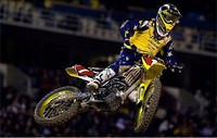 S200x600_2009_chad_reed_suzuki_ama_supercross_photo_credit_garth_milan_1_500
