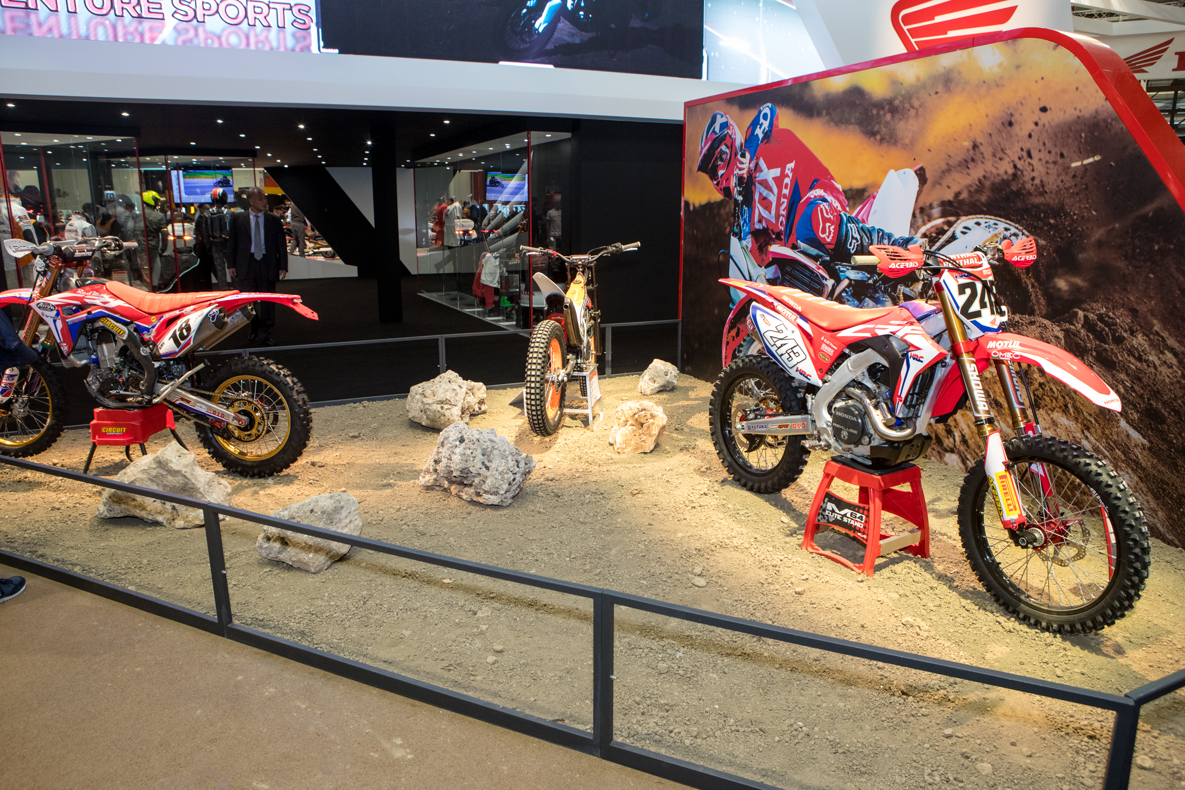 A peek at Honda's off-road range with Gajser's CRF450RW, their Montesa trials bike (piloted by Toni Bou) and an Enduro spec of the CRF450RX.