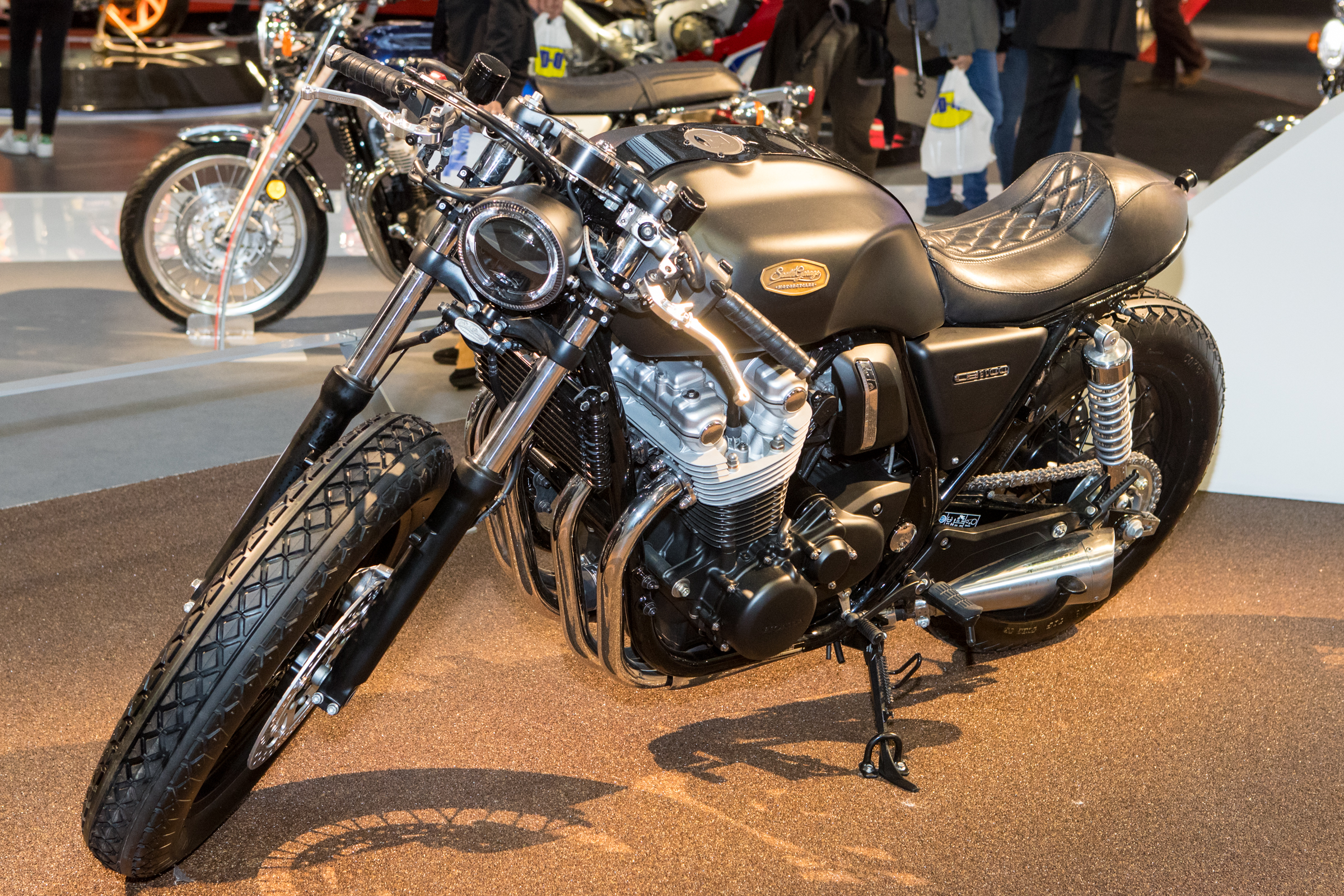 We'll cap off the Honda area with this custom CB1100, drool...