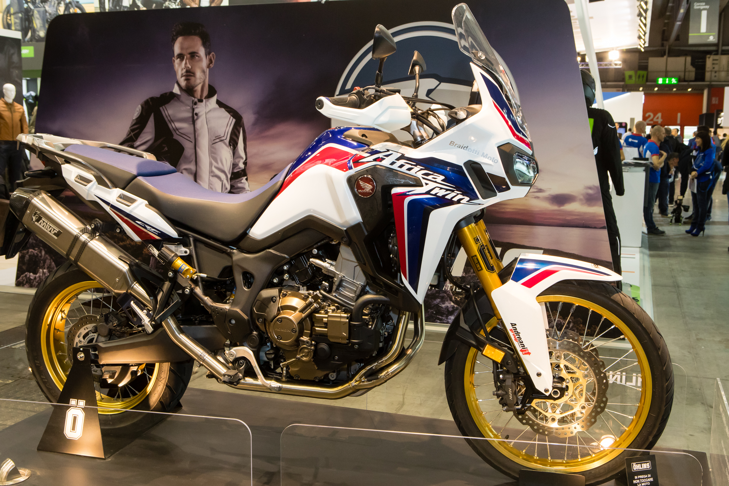 With the growth in the Adventure market, Ohlins stepped in to produce a full set of suspension for one of the most popular models that guys want off-road, the Africa Twin.