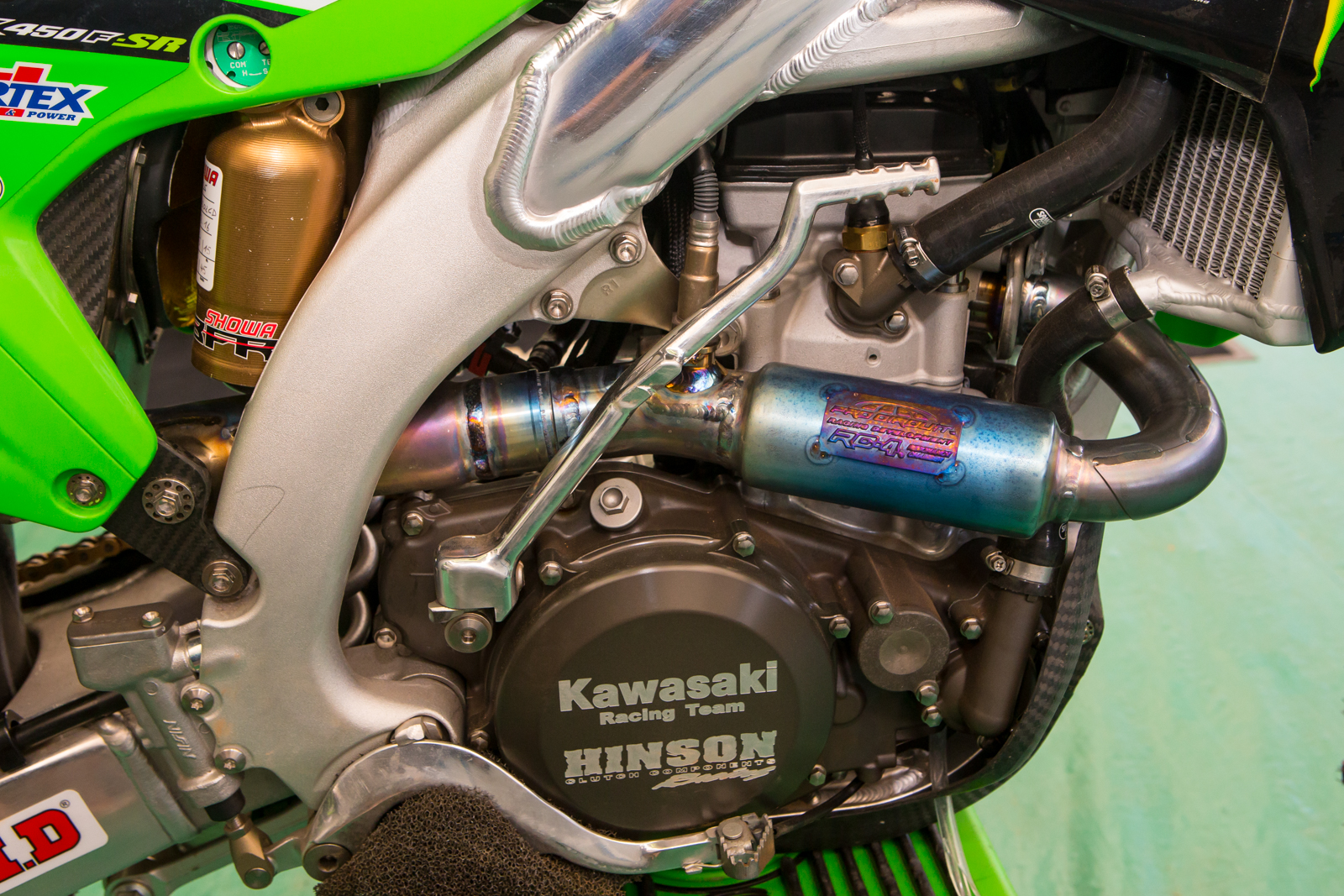 A look at the KRT s engine. Both teams use Hinson clutch components and Pro  Circuit pipes 63ddf1c22c