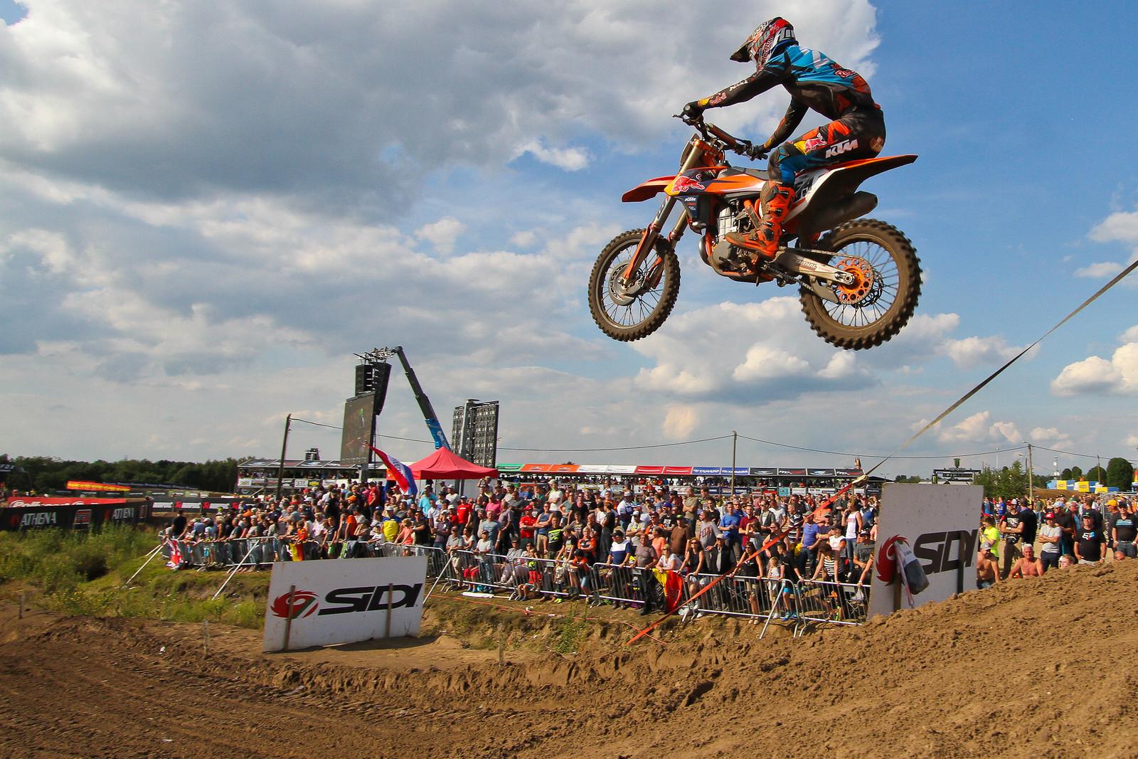Glenn Coldenhoff - ayearinmx - Motocross Pictures - Vital MX