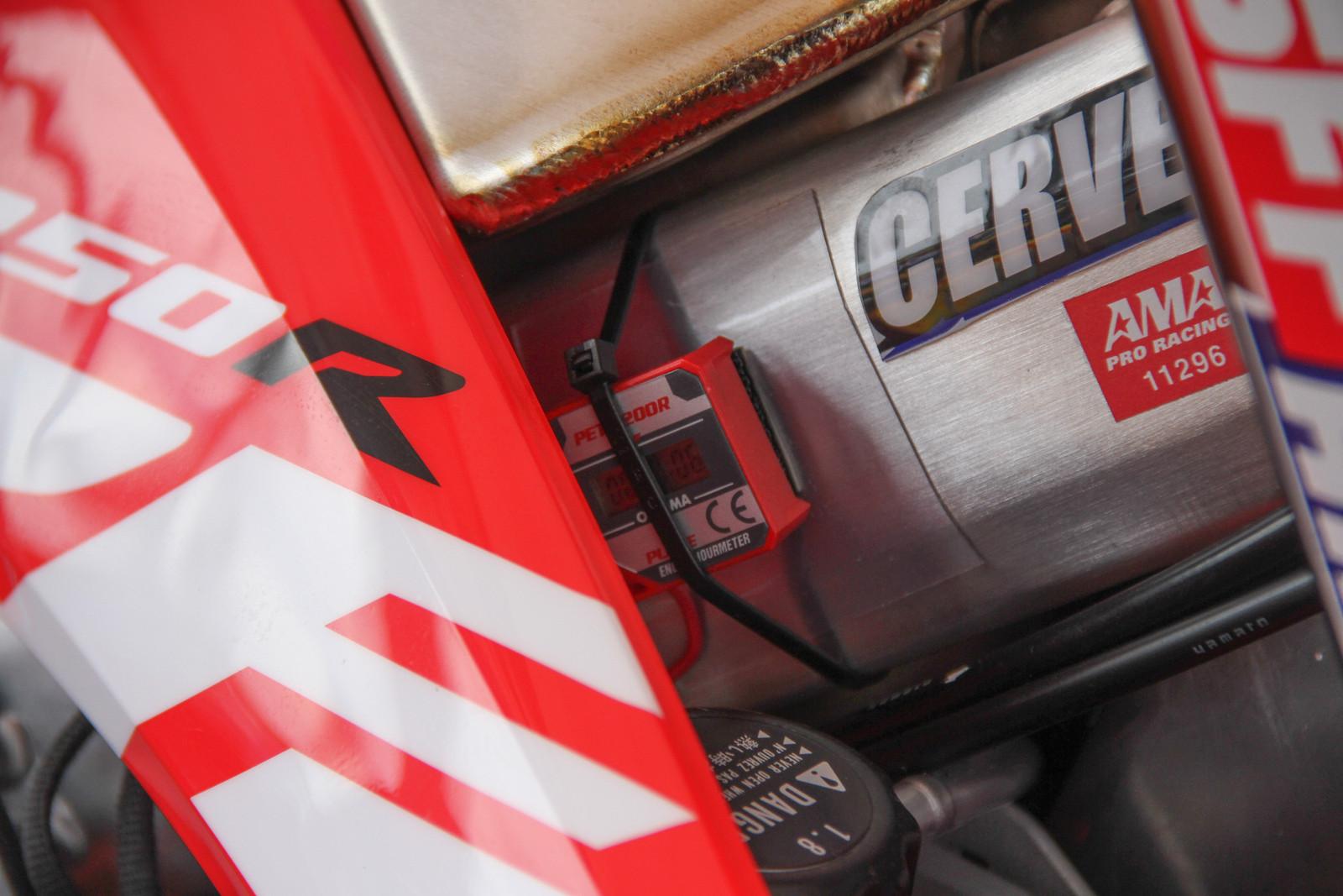 2018 Honda 250R Hour Timer - ayearinmx - Motocross Pictures - Vital MX