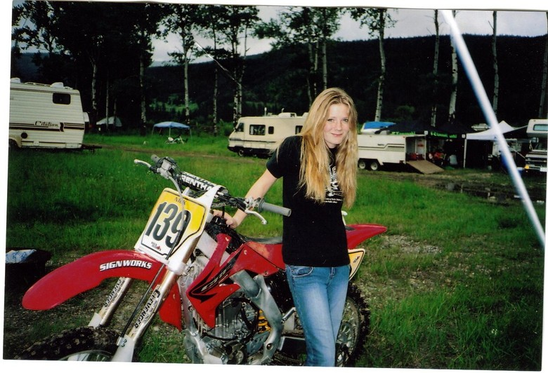 bike and me - Motocross.babe - Motocross Pictures - Vital MX