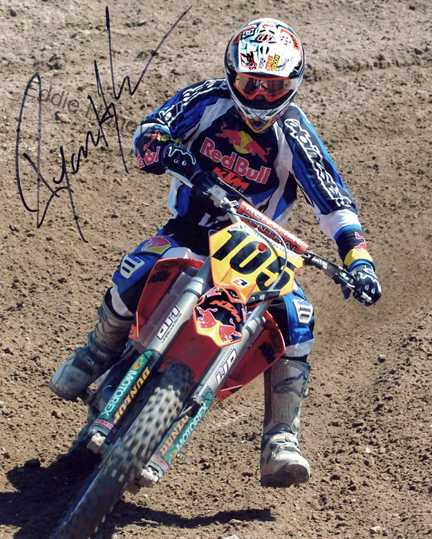 http://p.vitalmx.com/photos/users/1525/photos/4789/s780_Ryan_KTM_auto_name.jpg?1294222798