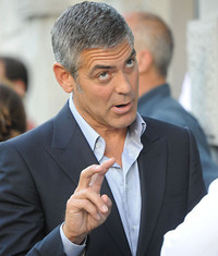 S200x600_celebrity_funny_face_george_clooney_1454087122