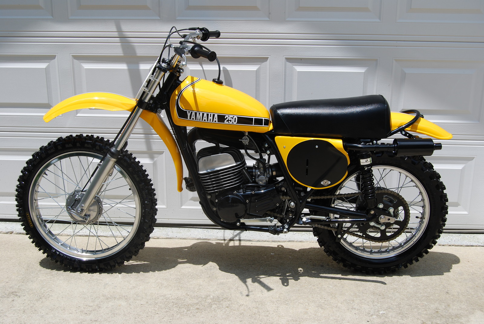 1974 yamaha mx 250 d vintage ray motocross pictures. Black Bedroom Furniture Sets. Home Design Ideas
