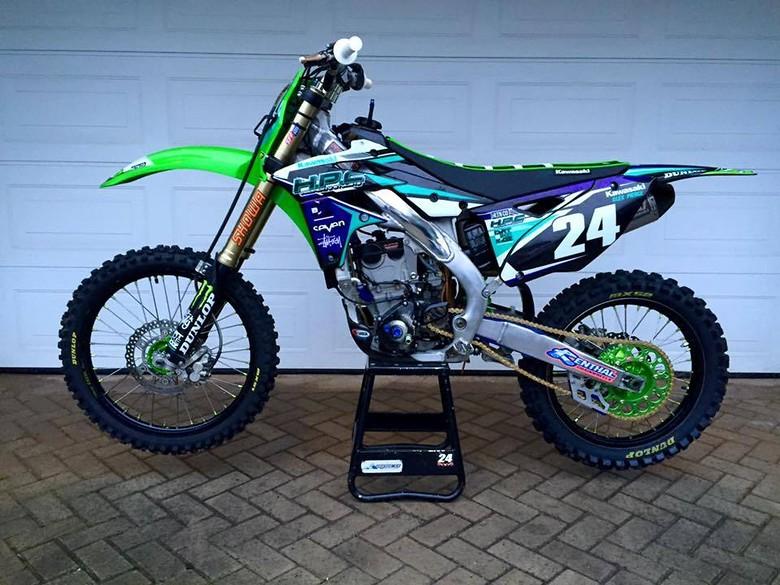 Blue Kawasaki Kxf